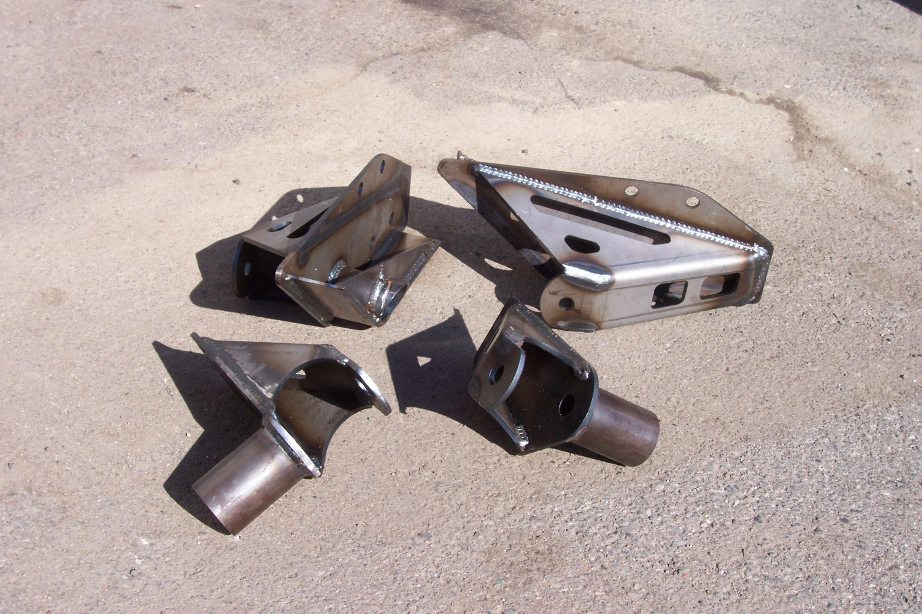 Giant MotorSports » 4-Link Pivots-Boxed Frame