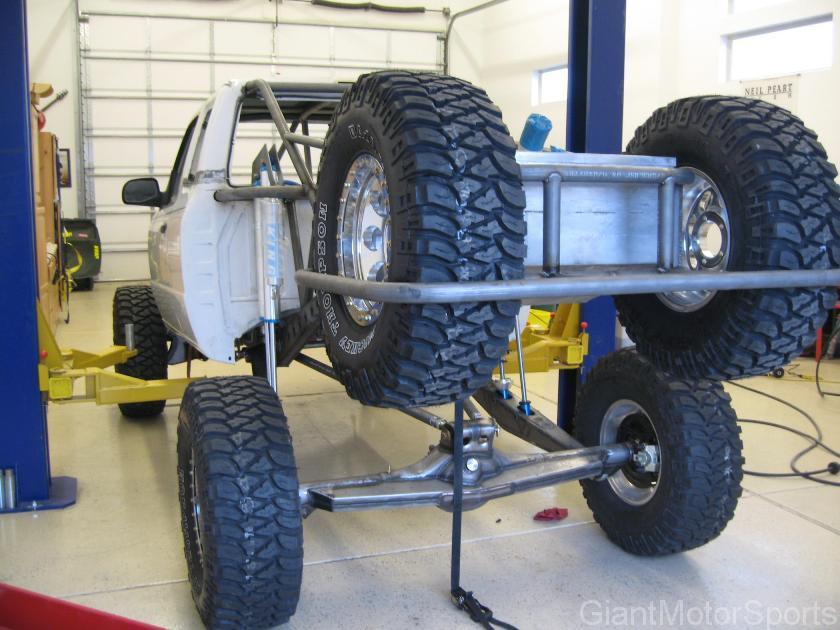 giant motorsports customer trucks brian bonham 11